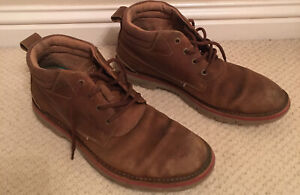 MENS CLARKS size 8 VARICK HEAL LACE UP CASUAL WORK CHUKKA ANKLE BOOTS LEATHER