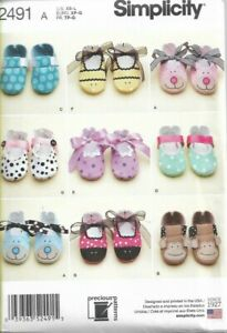 SIMPLICITY SEWING PATTERN ~  2491 BABY SHOES *NEW*