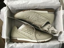Tamaris Sneaker, Gr. 37, grau, Top, 1 x getragen (daher Neu angegeben)