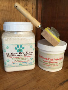 Natural Flea and De-worming Treatment Cat Combo with Cat Brush, Catnip & Toy
