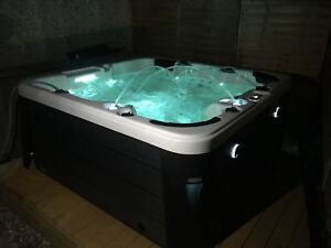 Music Hot Tub 13amp Plug & Play 6 Person Seat USA Balboa White Apr-May pre-order