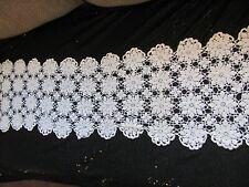 Vintage Hand Crochet Dresser Scarf Runner - Daisy Floral Pattern