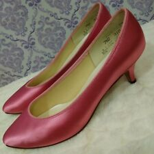 Vtg Pink Satin Kitten Heels Pumps Womens 7.5 C Pin Up Retro Party Dyeables USA