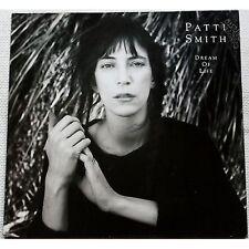 PATTI SMITH - Dream of life - LP VINYL GERMANY 1984 NEAR MINT CONDITION UNPLAYED