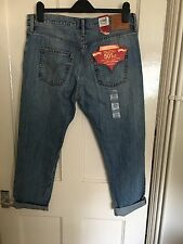 BNWT Levi 501s CT 29x 34 Cropped Pantacourt Jeans Distressed