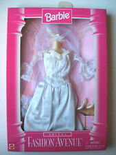 COFFRET COLLECTION 96 BARBIE VETEMENTS FASHION AVENUE BRIDAL 15897