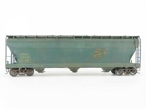 S Scale CNW Chicago & North Western 3-Bay Covered Hopper #172472 - Weathered