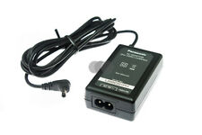 Original Panasonic VSK0712 Ladegerät / HDC-SD66, SD99, HS60, S85, TM60 u.a.