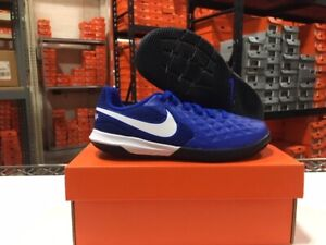 Nike Junior Legend 8 Academy IC Soccer Shoes (Royal/White) Size: 10c-3y NEW!