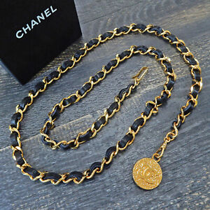 CHANEL Gold Plated Black Leather CC Logos Charm Vintage Chain Belt #6532 Rise-on
