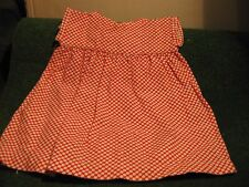ROBE  ANCIENNE A POIS ROUGE ET BLANCHE    CART 21