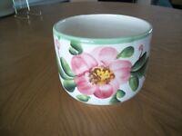 VINTAGE Floral Motif CERAMIC POT/PLANTER, HAND PAINTED , MADE IN BRAZIL,