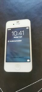 Apple iPhone 4s - White A1387  (passcode locked)