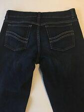 White House Black Market Noir 2 Cropped Capri Low Rise Jeans            B76