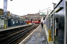 PHOTO  2010 LONDON BLACKFRIARS RAILWAY STATION ALONG PLATFORM 5. BLACKFRIARS RAI