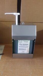 Lockable soap dispenser, 5L of soap and an OZ-matic pump