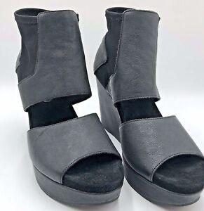 Eileen Fisher Sz10 US Black Leather & Neoprene Slip On Peep Toe Platform Sandals