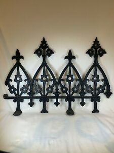 ANTIQUE VINTAGE SALVAGE WROUGHT IRON FENCE SECTION B686