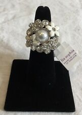 NWT LIA SOPHIA 'Catch the Bouquet' Ring Size 8 SilverTone Flower Faux Pearl RV78