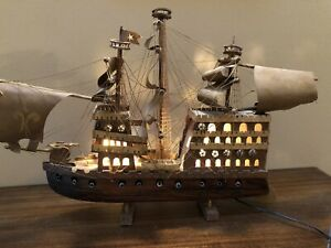 VINTAGE MARITIME 1600s STYLE FOLK ART WOOD SAILING SHIP  WITH LIGHTS 4 RESTORING