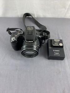 Panasonic Lumix DMC-FZ200 Superzoom Camera Nice See pictures!