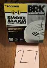 Brk First Alert Smoke Detector And Alarm 9V Battery Operated Fg250B