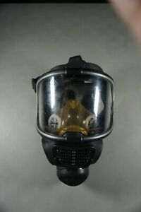 Scott Safety ProMask 25 full facepiece respirator gas mask. Model 013021 - USED