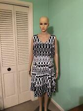 Peter Nygard Sleeveless V-Neck Black and White Dress.  NWT.  Size 14.