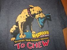 Razzoo's Cajun Cafe Cur dog chewing boot gray M t shirt