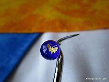 4062-D –Beautiful Gooderham Paperweight Butterfly Diminutive Glass Button-Bouton