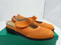 David Tate Clever Leather round toe Slingback Slip On - Women's, Orange size 7 M