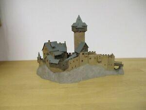 Unbekannter Hersteller H0 Gebauter Bausatz Burg ohne OVP P3