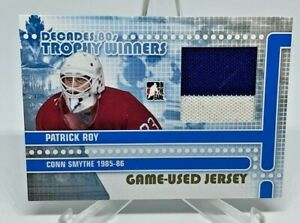 2010-11 ITG IN THE GAME DECADES /10 1980 GOLD TROPHY WINNERS PATRICK ROY JERSEY