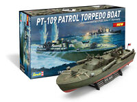 Revell PT-109 Patrol Torpedo Boat Commanded by LTJG John F Kennedy model kit 319