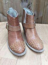 Kurt Geiger Standard Width (D) Casual Shoes for Women