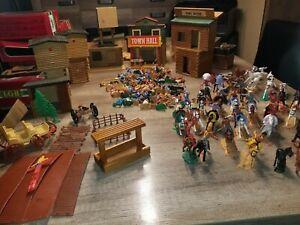 holzfort spielzeug DDR mit 250 Teile Zubehör , Cowboy, Indianer,Westernstadt