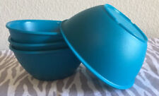 Tupperware Legacy Pinch Cereal Bowls Set of Four 13oz Peacock New
