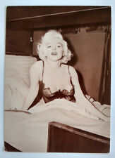 HTF Vtg 1986 Marilyn Monroe Postcard Gorgeous and Sexy Iconic Pose Fotocard