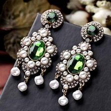 Hermoso Anthropologie Verde Piedras Blancas Perlas Gota Colgante pendientes Nueva