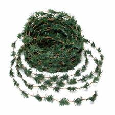 Ghirlande, corone e fiori natalizi verde in plastica