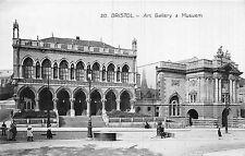 POSTCARD   BRISTOL    Art  gallery  &  Museum   RP