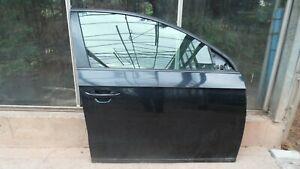 VW PASSAT B7 (2010-14) FRONT DRIVERS SIDE FRONT DOOR - LOCKS & REG LC9Z BLACK