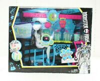 New Monster High Frankie Stein Skulltimate Science Class Playset In Box