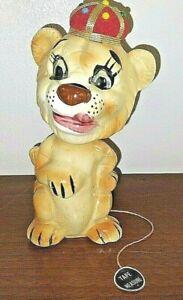 Vtg Davar Originals Ceramic Lion Pin Cushion Tape Measure w Original Tag JAPAN