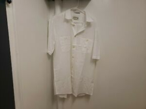 NEW Orvis White Button Up Short Sleeve Shirt Size LTL