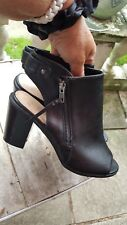 womens black  boot/shoes F&F Size 7/41