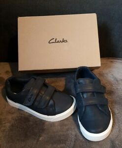 Boys Clarks Navy Leather Strap Shoes Size 9G New In Box