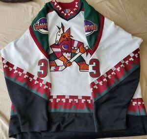 Vintage Starter Phoneix Coyotes Kachina White Jersey Men XXL Keith Carney No 3