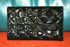 AUTHENTIC. CHIC AND CLASSIC CHANEL LARGE TRIFOLD WALLET/CLUTCH BAG.