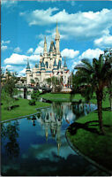 Vtg Walt Disney World Cinderella Castle Magic Kingdom Orlando FL Postcard